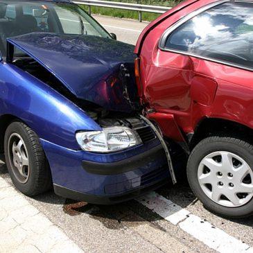 Τι να κάνετε σε περίπτωση τροχαίου ατυχήματος στην Ελλάδα με αλλοδαπό όχημα
